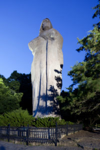 Oregon-Black-Hawk-Statue2